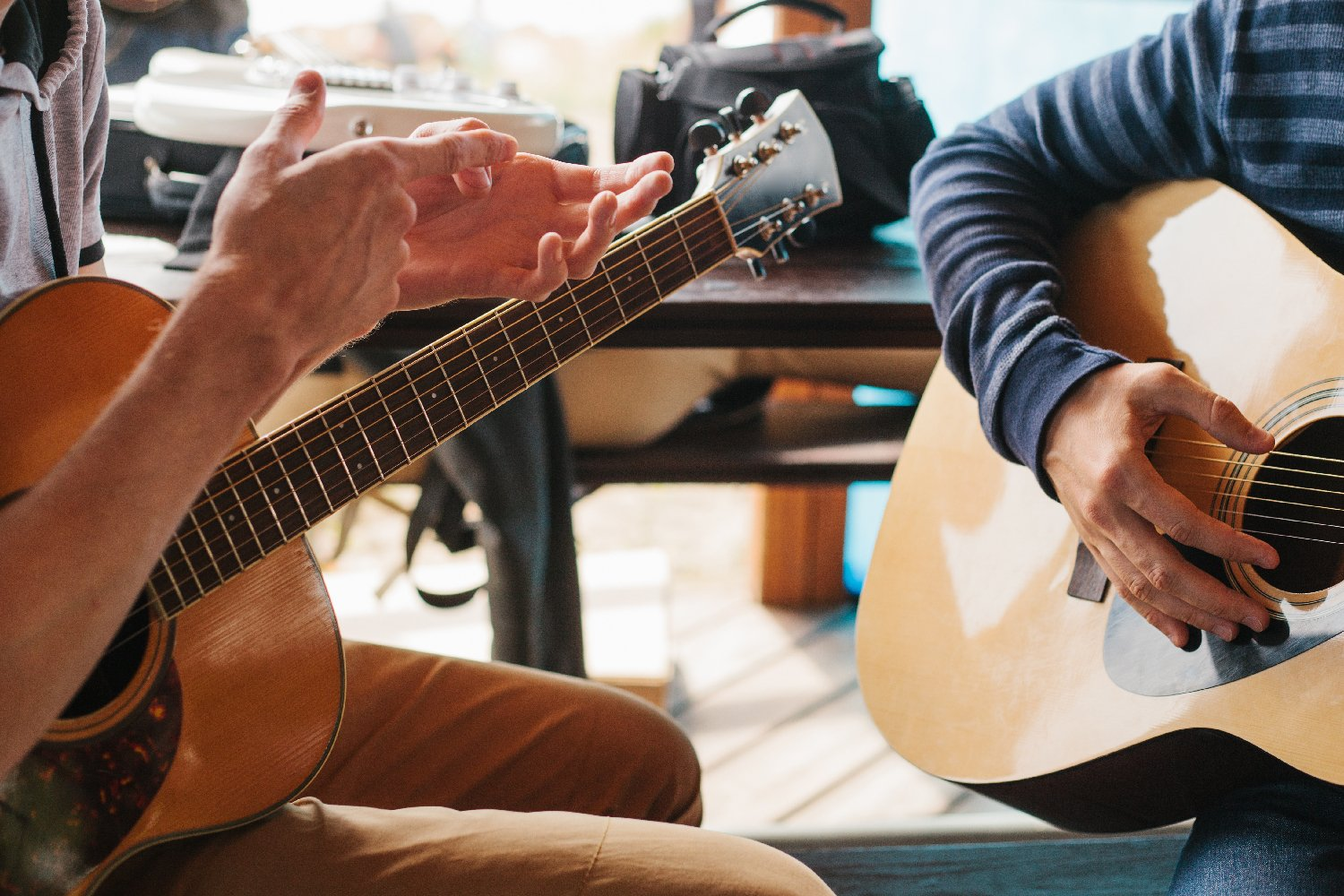 guitar teachers for electric and acoustic guitar lessons london